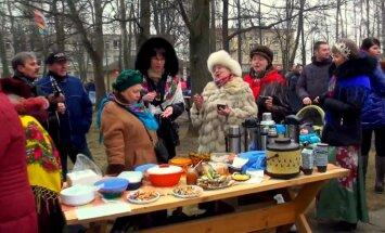 Ar lielu jautrību un pankūkām ziemas aiziešana svinēta Jelgavā un Rēzeknē