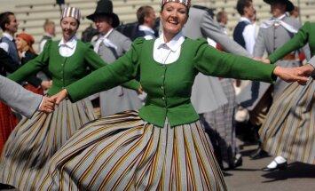 LTV: Почти все депутаты Сейма и мэры городов Латвии хотят бесплатные приглашения на Праздник песни