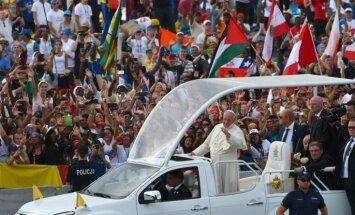 Папа римский Франциск призвал молодежь не бездельничать