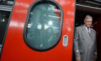 Jakuņins atstāšot Krievijas dzelzceļa vadītāja amatu