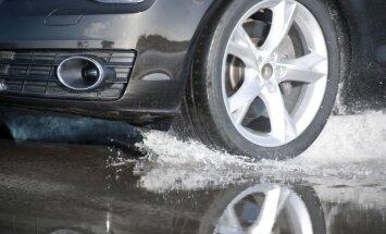 Aizvadītajā diennaktī uz Latvijas ceļiem notikušas vairākas avārijas