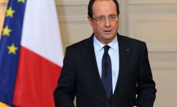 """Олланд опроверг информацию о выплате штрафа за разрыв контракта по """"Мистралям"""""""