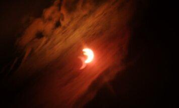 Foto: Daļējs Saules aptumsums Latvijā