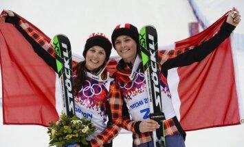 Kanādas sportistēm dubultuzvara Phjončhanas slēpošanas krosā