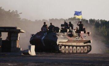 Karadarbībā Donbasā gājuši bojā 2500 mierīgo iedzīvotāju