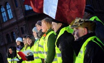Zemnieku protesta akcija Briselē sāksies trešdien; ES ierēdņiem dalīs piena pudeles