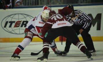 Rīgas 'Dinamo' hokejisti mēģina revanšēties Sprukta pārstāvētajai 'Lokomotiv'