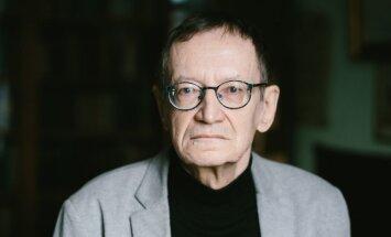 Nosauc labākos Latvijas literatūrā; mūža balva – Jānim Rokpelnim