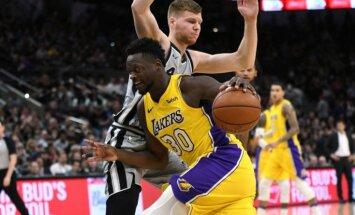 Bertāna 11 punkti mačā pret 'Lakers' nenodrošina 'Spurs' ar uzvaru
