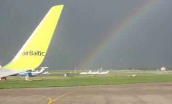 'airBaltic' piedāvā palīdzību darbību pārtraukušās 'Estonian Air' klientiem