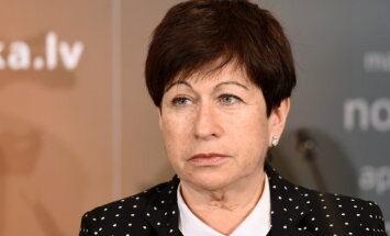 Штейнбука: Латвии следует думать о резервах финансового обеспечения
