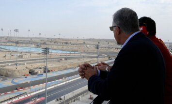 Bahreinas trasē pirmo līkumu nosauc Šūmahera vārdā