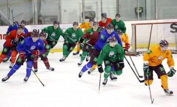 Latvijas hokeja izlase bez Hārtlija sāk gatavošanos pasaules čempionātam