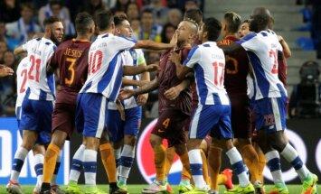 'Porto' un 'AS Roma' cīnās neizšķirti UEFA Čempionu līgas kvalifikācijas 'play-off' kārtas pirmajā spēlē