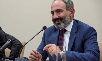 Armēnijas premjers maijā tiksies ar Putinu