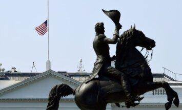 Pēc apšaudes Merilendas laikraksta redakcijā Tramps rosina nolaist karogus pusmastā