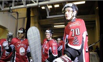 Latvijas hokeja izlase pārbaudes spēlē uzņem Baltkrievijas valstsvienību
