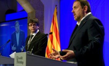 Šķelšanās Katalonijas vadībā: referenduma dēļ demisionē valdības locekļi