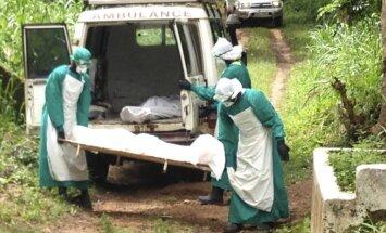 Sjerraleones iedzīvotājiem Ebolas vīrusa dēļ liegs pamest savas mājas