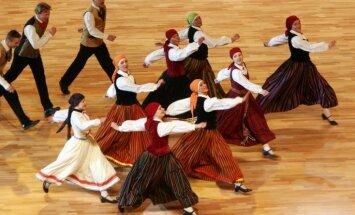 Lielākā daļa diasporas latviešu vēlas, lai viņu bērni zina latviešu valodu, secināts aptaujā