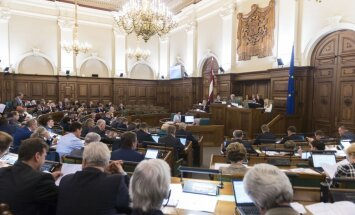 Saeima skatīs prezidenta otrreizējai caurlūkošanai nodotās izmaiņas mikrouzņēmumu nodoklī