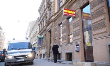 Cietušais žurnālists Jākobsons norobežosies no publiskiem paziņojumiem un pagaidām nesadarbosies ar policiju