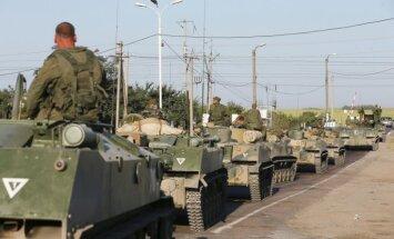 Ukrainas prezidents apsūdz Krieviju par trīs militāro konvoju iesūtīšanu valsts austrumos