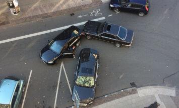 Deputāts Kaimiņš iekļuvis nelielā satiksmes negadījumā