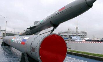 Krievija un Indija kopīgi varētu uzsākt ieroču ražošanu