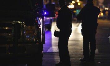 Pēc apšaudes Bostonas augstskolā notiek vērienīga policijas operācija; viens policists gājis bojā (10:44)