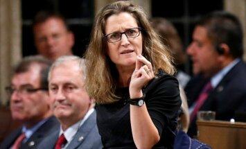 ES nav spējīga slēgt starptautiskos līgumus, uzskata Kanādas ministre
