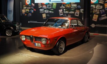 Foto: Rīgas Motormuzejā atklāta 'Youngtimer' izstāde 'Piepildītie sapņi'