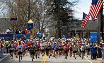 'adidas' atvainojas par apsveikumu ar 'izdzīvošanu' Bostonas maratonā