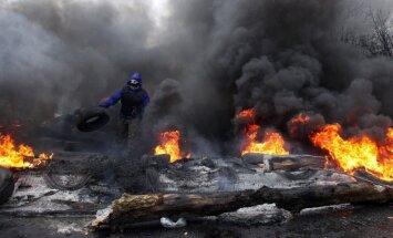 Donbasa kalnrači sola paši aizstāvēt savu reģionu pret prokrieviskajiem separātistiem