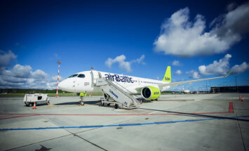 airBaltic обещает озвучить технические причины отмены вылета нового Bombardier CS300 из Парижа