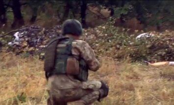 Video: Ukraiņi piedalās ASV desantnieku sagatavotās militārās mācībās