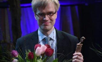 Video: Iepazīsties ar apbalvojuma 'Laiks Ziedonim' laureātiem! 2. daļa - Jurģis Šķilters