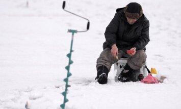 Отменен запрет находиться на льду еще нескольких рижских водоемов