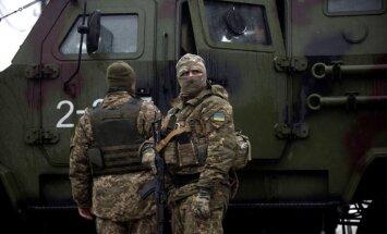 ASV gatavojas Maskavai piedāvāt miera uzturēšanas plānu Donbasam, ziņo laikraksts
