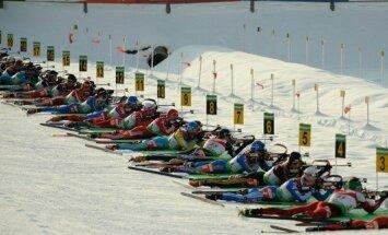 Krievijas biatlonistes triumfē Pasaules kausa izcīņas stafetes sacensībās