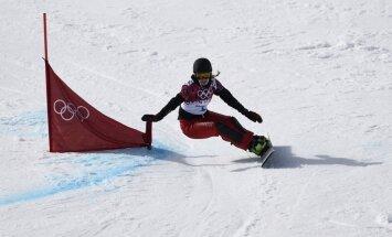 Šveiciete Kummera Sočos triumfē snovborda paralēlajā milzu slalomā