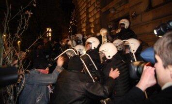 Доверие к власти. Чего ждать от восьмой годовщины беспорядков в Вецриге