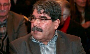 Prāgā pēc Turcijas pieprasījuma aizturēts Sīrijas kurdu līderis