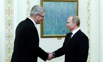 'Sports vienmēr atver durvis', jeb kā Zatlers no Putina uzaicinājumu uz 9.maija svinībām Maskavā saņēma