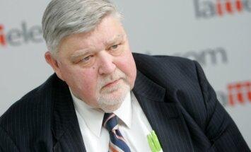 Mūžībā aizgājis bijušais Pasaules brīvo latviešu apvienības vadītājs un politiķis Uldis Grava