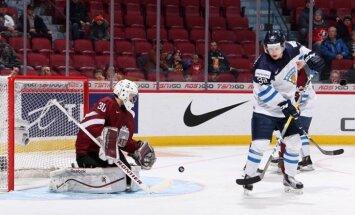 Latvijas U-20 hokeja izlases vārtsargs Mitens: uzvarēsim somus atlikušajās divās spēlēs