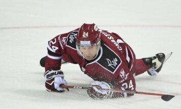 Rīgas 'Dinamo' ar vienu veiksmīgu periodu nepietiek uzvarai pret 'Ak Bars'