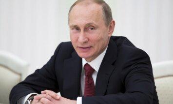 Putins cer, ka Krievijas komanda Eiropas spēlēs rādīs 'kvalitāti un kvantitāti'