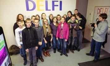 Foto: Portālu 'Delfi' un Latviju pārņem ēnu dienas jaunieši