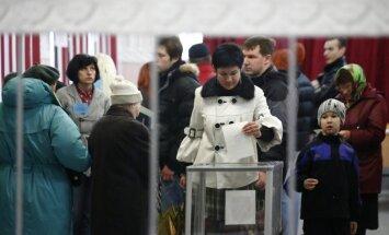 Par Krimas pievienošanu Krievijai nobalsojuši 93%, liecina balsotāju aptauja